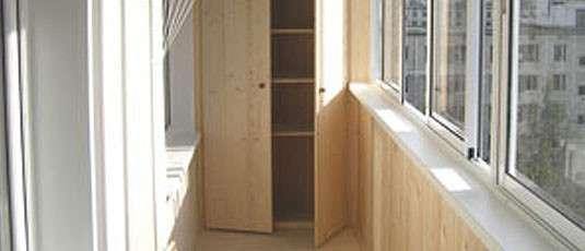 встроенные шкафы на балконе